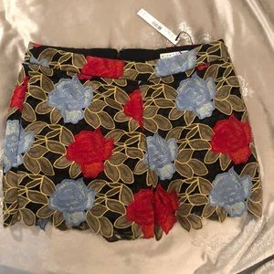 Alice & Olivia lace floral shorts